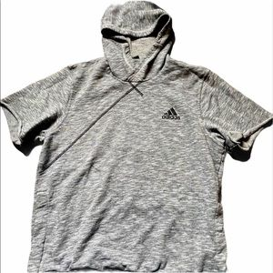 4/$40⚡️Adidas Athletic Top